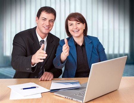 businesspartners: businessteam agradable trabajar en la Oficina