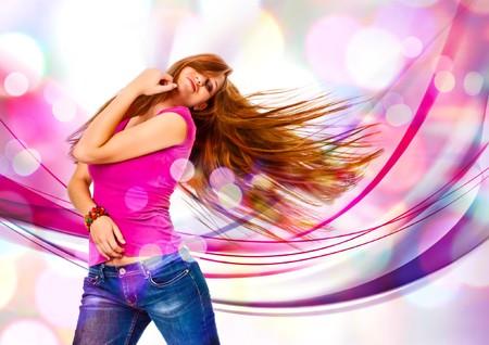 actitudes: ni�a bailando en discolight