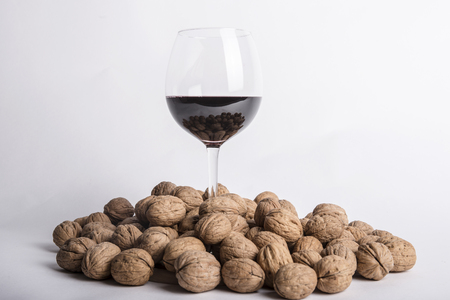 Walnuts with wine