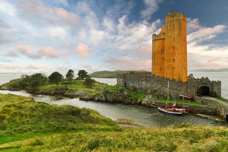 co cork: Kilcoe castle on the coast of Co. Cork, Ireland