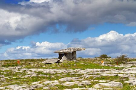 stoneage: 5000 years old Polnabrone Dolmen in Burren, Ireland Stock Photo