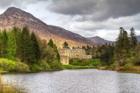 connemara: Ballynahinch castle in Connemara mountains, Ireland
