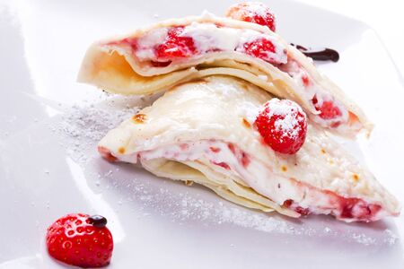 mascarpone: Delicious mascarpone cheese pancakes with fresh strawberries