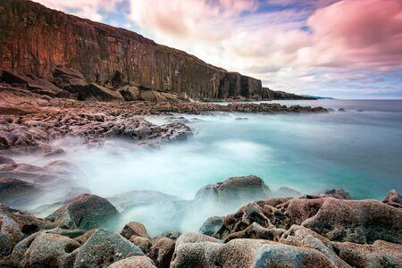 doolin: Atlantic ocean coastline in Ireland