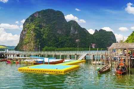 panyi: Koh Panyee settlement built on stilts of Phang Nga Bay, Thailand
