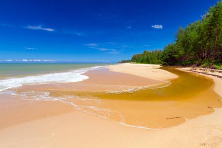 koh kho khao: Idyllic beach at Andaman Sea on Koh Kho Khao island, Thailand