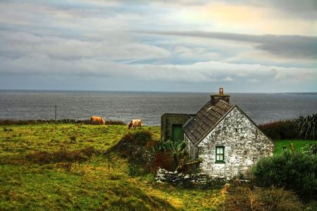 doolin: Irish cottage house