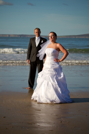 photography session: Photography session of married couple on the beach