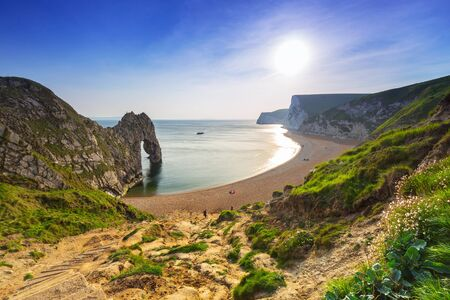 durdle: Durdle Door at the beach on the Jurassic Coast of Dorset, UK