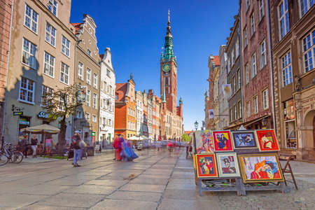 one lane: GDANSK, POLAND - SEPTEMBER 8, 2016: The Long Lane street in old town of Gdansk, Poland. Baroque architecture of the Long Lane is one of the most notable tourist attractions of the city. Editorial