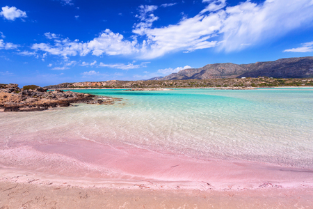 Elafonissi beach with pink sand on Crete, Greece Imagens