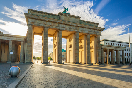 The Brandenburg Gate in Berlin at sunrise, Germany Foto de archivo