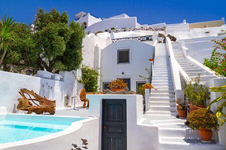 White architecture of Fira town on Santorini island, Greece Zdjęcie Seryjne