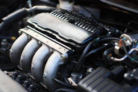 cylinder: 4 Cylinder Engine