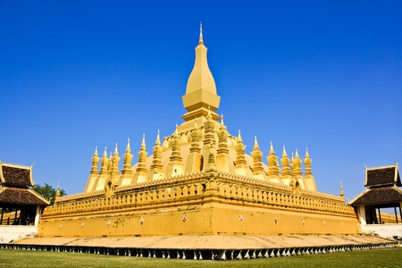 The golden pagoda in Vientiane, Loas