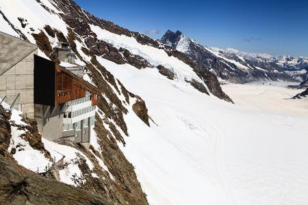 jungfraujoch: Jungfraujoch railway station, the highest railway station in Europe  Stock Photo
