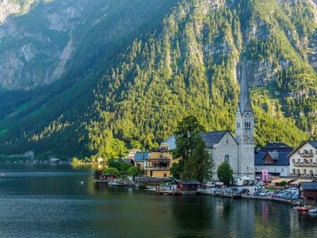 Famous Hallstatt mountain village and Hallstaetter lake, Austrain Alps.