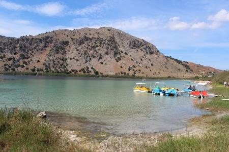 Jezioro Kournas Kreta Zdjęcie Seryjne