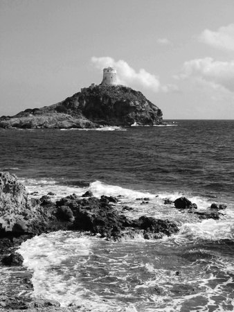 Latarnia morska w Nora, Sardynia, Włochy