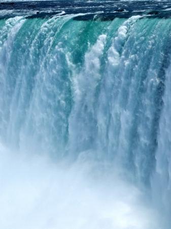 Close up of the waterfall at Niagara Falls