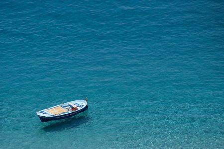 Boat suspended over the water. Scilla, Calabria Stock Photo - 6523953