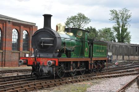buffers: Steam engine on tracks
