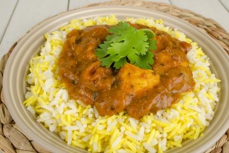 pakistani food: Chicken Bhuna   Bicolour Pilau Rice