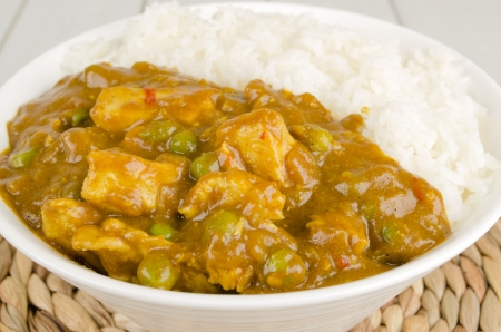 Chinese Chicken Curry with green peas and onions served with steamed rice Stock Photo - 15532156