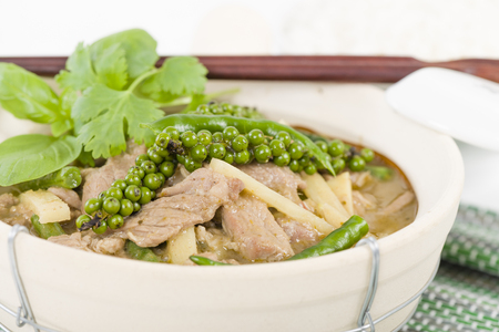 pa: Jungle Curry Kaeng Pa - Northern Thai pork curry with young green pepper corns, chilis and snake beans.