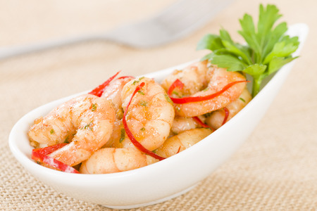 gambas: Gambas Pil Pil - Sizzling prawns with chili and garlic. Traditional Spanish tapas dish. Stock Photo