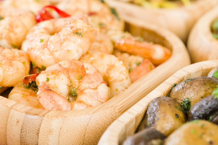 gambas: Gambas Pil Pil - Sizzling prawns with chili and garlic. Traditional Spanish tapas dish. Stock Photo