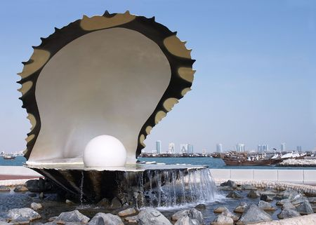 Oyster and pearl monument on the Corniche in the Qatari capital, Doha Stock Photo