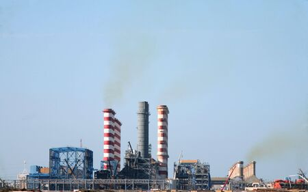 desalination: A desalination and power plant in operation in the Middle East Stock Photo