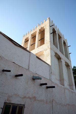 convection: Una torre del vento tradizionali - che hanno contribuito a raffreddare una casa che si avvalgono di correnti di convezione - al patrimonio Village in Qatar, Arabia