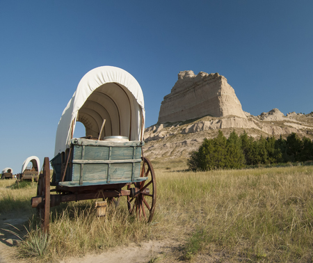 Huifkar op Oregon Trail in Scotts Bluff National Monument, Nebraska Stockfoto