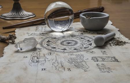elementos mágicos se reúnen listo para lanzar un hechizo mágico