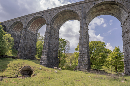 dent: Dent Head viaduct set in the rural West Riding of Yorkshire Stock Photo