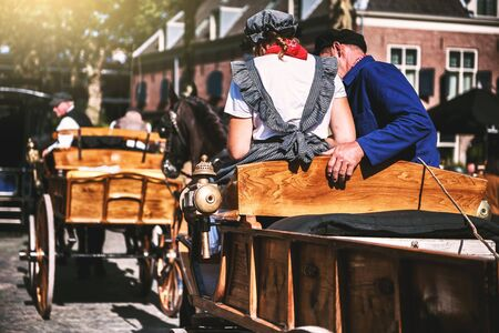 Dutch farmers dressed with traditional clothing at local cheese market, Woerden Stok Fotoğraf