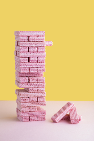 Pink Wafer Building Block Removal Game Archivio Fotografico - 120123416