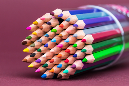 Multiple Coloured Pencil Tips Facing Left Archivio Fotografico - 123345812