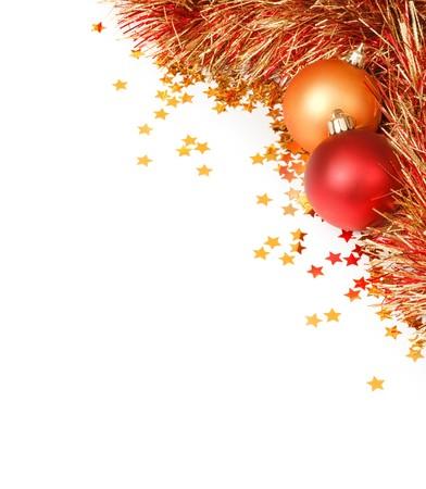 red glittery: Modello di Natale con uno spazio vuoto circondato da Natale Decorazioni, tinsel e coriandoli