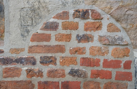 clinker: Clinker wall with arch,  background, outdoor