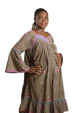 Mujer africana embarazada en la ropa tradicional, Foto de estudio Foto de archivo