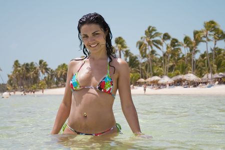 caribbean climate: Beautyfull girl in a bikini in the ocean