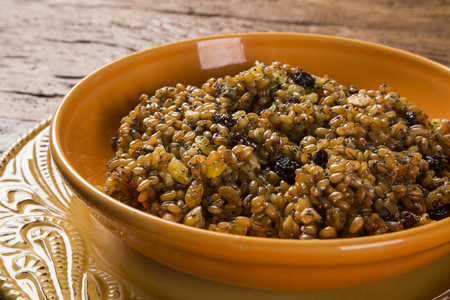poppy seeds: Kutya cereal dish, native to Russia and Ukraine, made from wheat berries, poppy seeds and honey Stock Photo