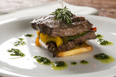 Filet mignon with cassava and vegetables