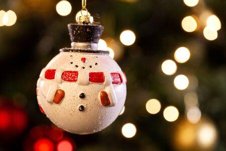 christmas ball decoration. Christmas Blurry background. Selective focus. Standard-Bild