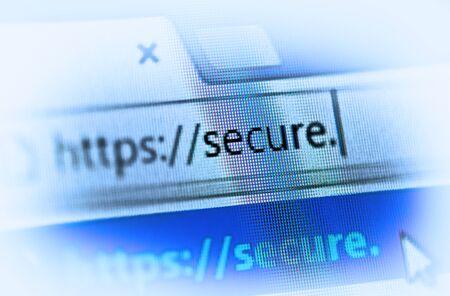 https sur l'écran d'ordinateur - concept de sécurité Internet
