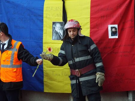 commemorate: A silent march to commemorate the victims of a fire Colectiv Club in Bucharest,  Romania. 12000 people attended the march. Editorial