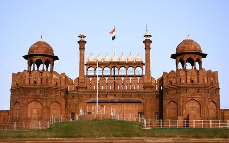 red fort in the evening sky, delhi, india Stock Photo - 3917727